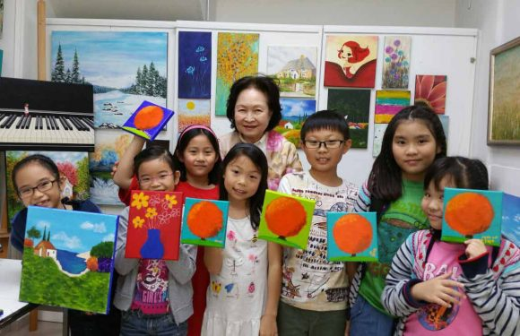 Improving your art skills for your child with art classes